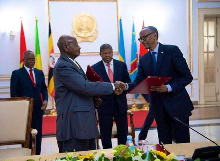 Uganda, Rwanda Leaders Sign  Peace Pact